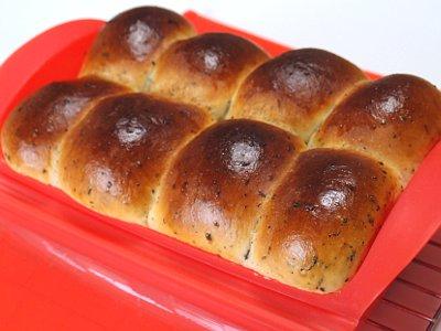 ルクエスチームケースで作った紅茶パン